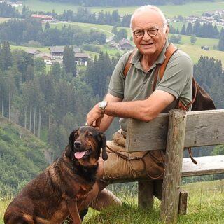 Dr. Jörg Mangold